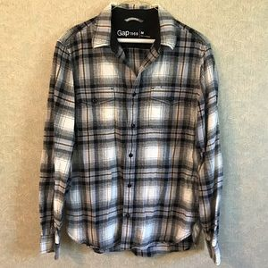 Gap plaid button down